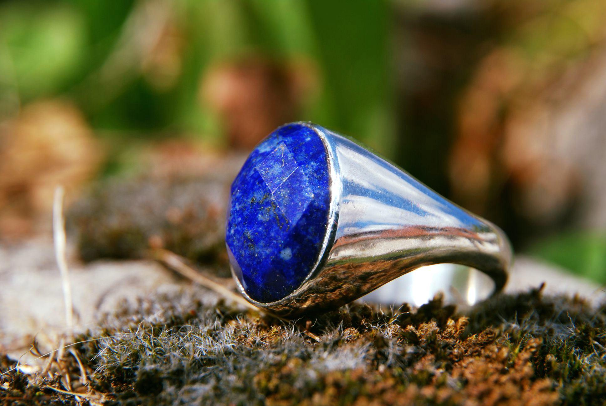 chevaliere homme lapis lazuli